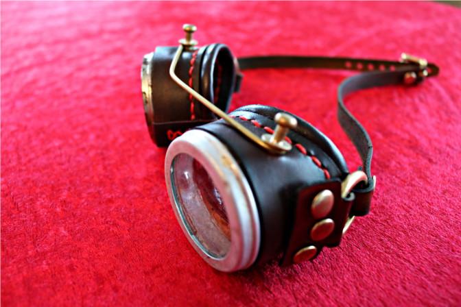 Steampunk Goggles Seitenansicht.
