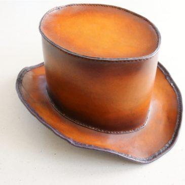 Handgefertigter Lederzylinder (Steampunk)