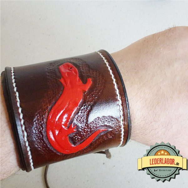 So sieht das Armband aus, wenn es getragen wird.