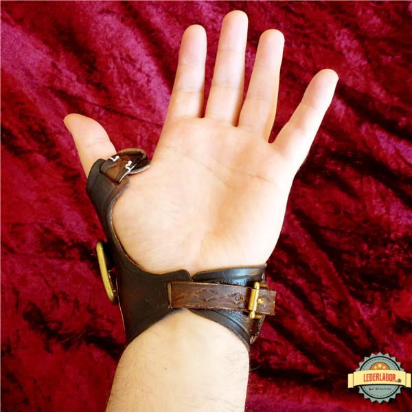 Steampunk Handschutz von unten.