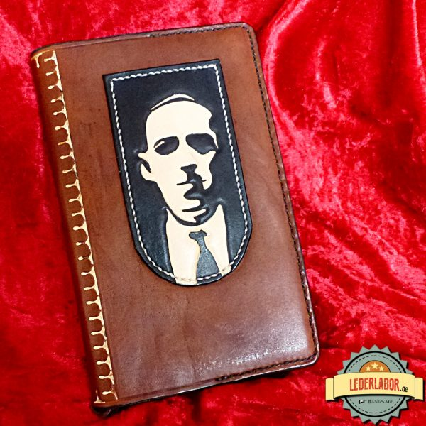 Lovecraft auf Ledercover.